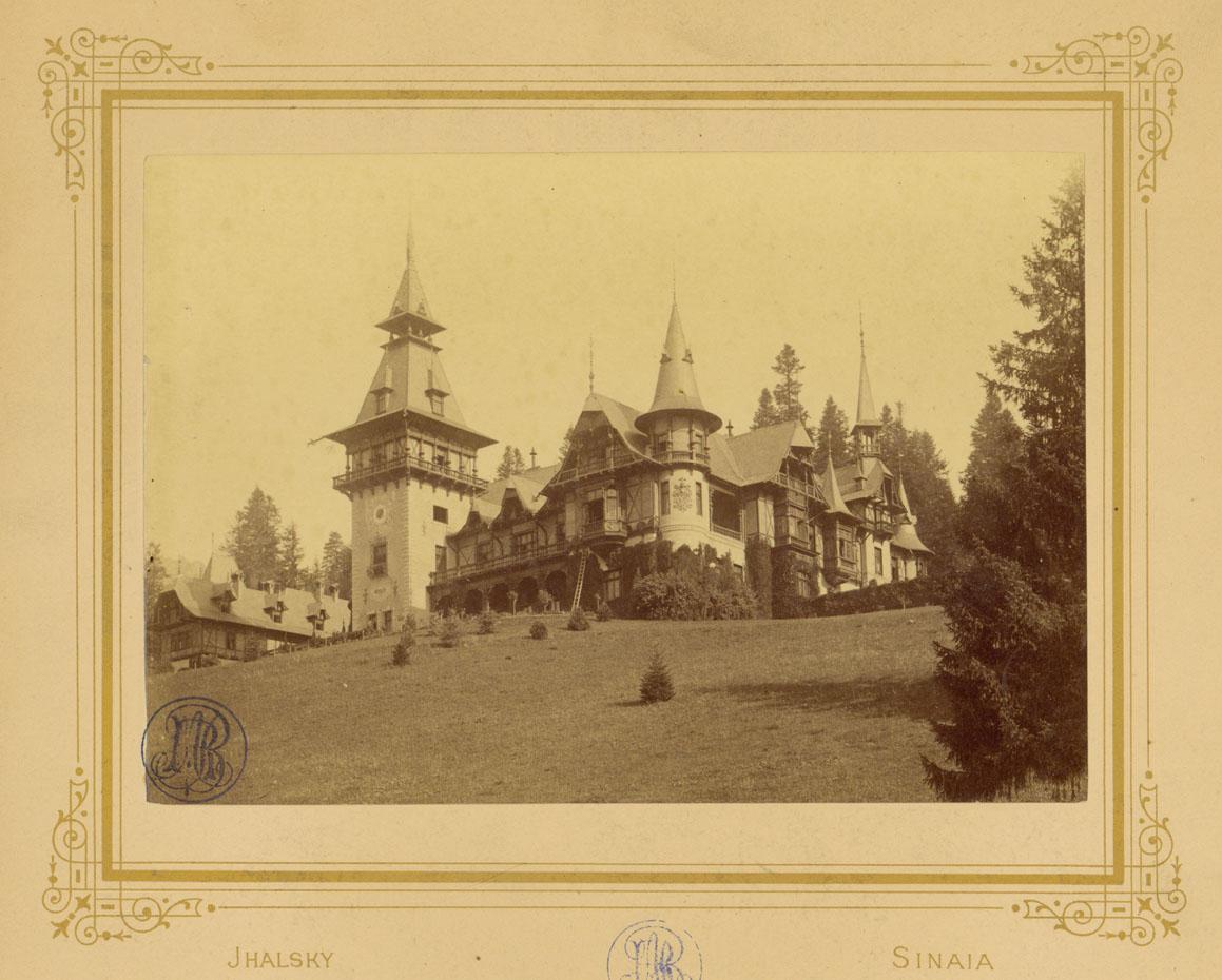 Castelul Peles - circa 1900 | foto: A.J. Halsky - imagine din colectia Cabinetului de Stampe al Bibliotecii Academiei Romane (imagine via Radu Oltean)