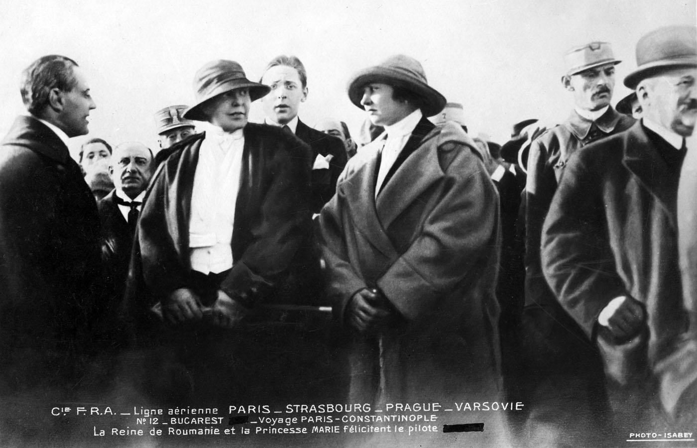 Regina Maria | aterizare Franco-Romana | Pipera-Bucuresti 20.octombrie.1921
