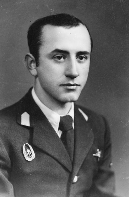 Comandor-Aviator Mircea Gabureanu