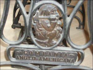 Compania Anglo-Americana | masini de cusut | logo