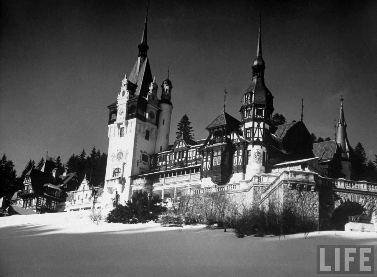 Castelul Peles in revista Life | 1940