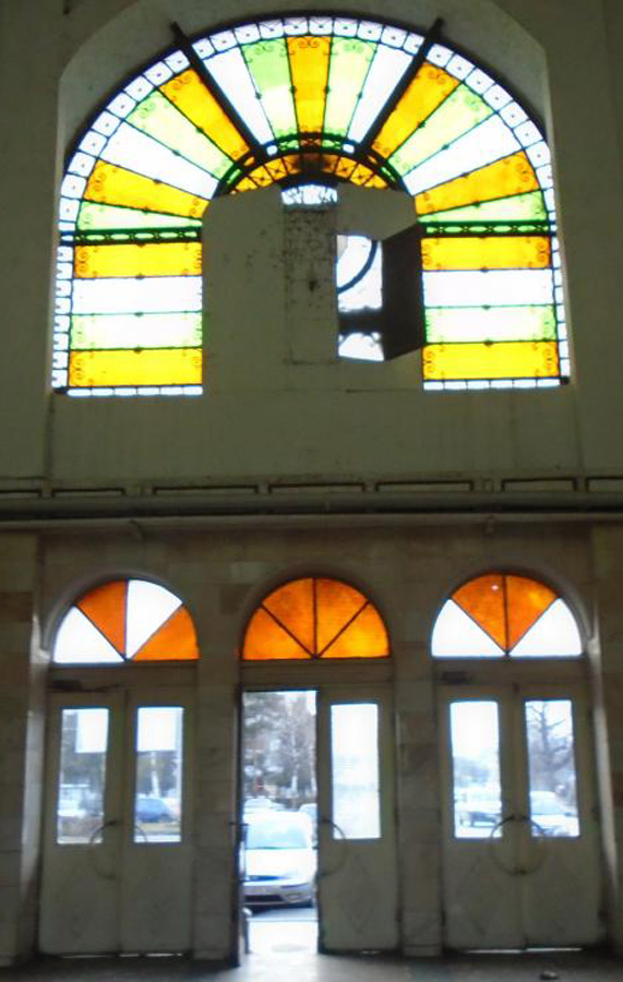 ceas fatada (vedere dinspre interior) | gara Ramnicu Sarat | 2016