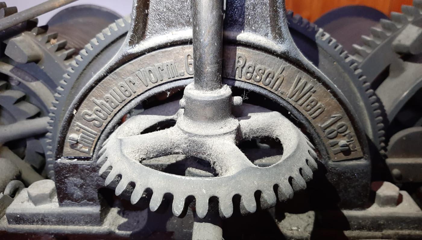 mecanism Emil Schaur vorm. fost Gebruder Resch | biserica greco-orientala Orsova