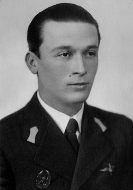 """slt.-av. Traian Popteanu - promotia 1936 """"Radu Irimescu"""" - Scoala ofiteri aviatie Bucuresti (Cotroceni)"""