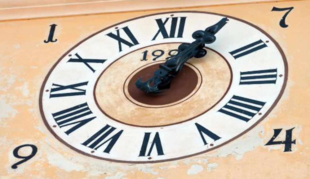 cadran ceas turn - biserica Vulcan